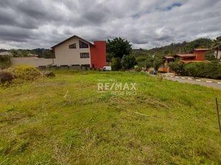 Foto do Terreno-Terreno de esquina com pouco aclive à venda, 1100 m² por R$ 700.000 - Condomínio Moinho do Vento - Valinhos/SP