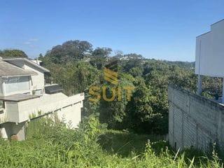Foto do Terreno-Golf Village - 584,85m² - Lote ensolarado com vista.  - Golf Gardens