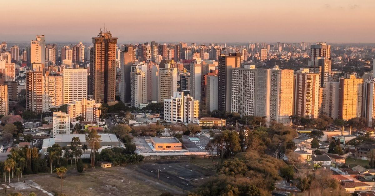 Ilustração de Novo Mundo Curitiba - PR